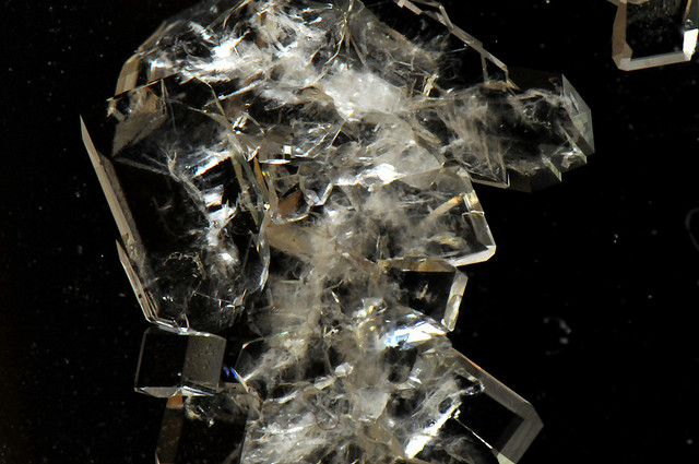 synthesise crystal meth (aka methedrine, speed, crank, meth, ice, glass, crystal meth, etc) simon  cotton  it is the synthesis of methamphetamine that is illegal.